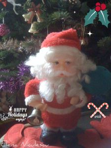 happy holidays cu mos craciun